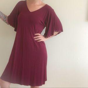 Apt 9 Burgundy with short wide sleeves 🍷 👌🏼